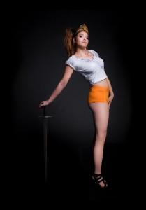 king-dagobert-boxer-femme-epee©LudovicLetot-(2)